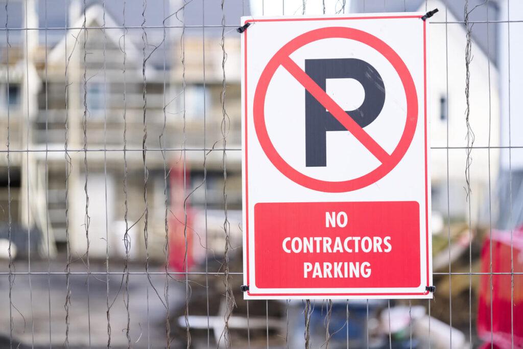 No Contractors Parking